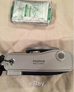 Fuji Instax Mini 90 Neo Classic Instant Camera (Black)